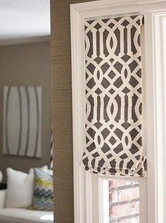 Roman Shades – so much better than the shears that are shirred on tention rods for the windows next to the front door! Roman Shades – so much better than… Sidelight Windows, Front Doors With Windows, Sidelight Curtains, Front Door Curtains, Valances, Style At Home, Custom Roman Shades, Kitchen Window Treatments, Up House