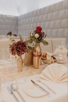 Goldene Hochzeits Dekoration David, Table Decorations, Inspiration, Home Decor, Civil Wedding, Wedding Ideas, Decorating Ideas, Dekoration, Biblical Inspiration