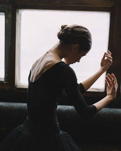"""May 2020 - """"The Body Says What Words Cannot. See more ideas about Ballet beautiful, Dance photography and Ballet dancers. Art Ballet, Ballet Dancers, Ballerinas, Dance Aesthetic, Dance Movement, Ballet Photography, Photography Photos, Dance Poses, Ballet Beautiful"""