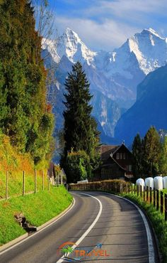 Impressive And Beautiful Roads Pictures Beautiful Nature Pictures, Beautiful Nature Wallpaper, Nature Photos, Amazing Nature, Beautiful Landscapes, Beautiful Roads, Beautiful Places To Travel, Wonderful Places, Beautiful World