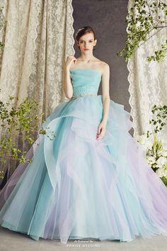 Dress: TuNoah Wedding
