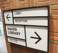 I like the grid based system used here and The way that the library is highlighted with the larger box.