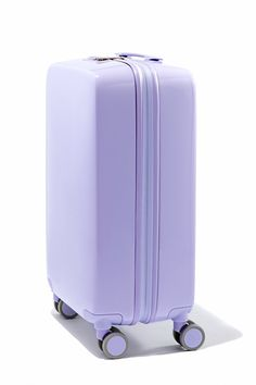 """UPDATE 3/17/17: We touched based with Raden and the brand confirmed that while the waitlist for the A22 suitcase grew to 14,000 people (!) at one point, the """"smartcase"""" is now available for pre-order with some colors (hunter matte, navy matte, navy gloss and bronze) shipping as soon as today, and others becoming available between March 31 and April 18. You read that right people: The world's most amazing suitcase can be yours by spring break!"""