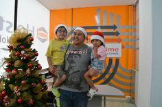 Los niños de Mauricio, del área de ventas, también nos acompañaron en #Navidad