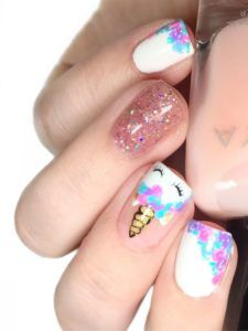 Our obsession with unicorn everything is never running out! Whether you want to go all out and emboss an actual unicorn horn onto your nail or simply embrace these unicorn-inspired shades from Nails Inc we think it's definitely a nail trend to try! Girls Nail Designs, Pedicure Designs, Cute Nail Designs, Unicorn Nails Designs, Unicorn Nail Art, Unicorn Painting, Hair And Nails, My Nails, Nail Art For Kids