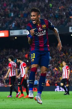 Neymar Photos - Neymar of FC Barcelona celebrates after scoring his team's second goal during the Copa del Rey Final match between FC Barcelona and Athletic Club at Camp Nou on May 2015 in Barcelona, Spain. - Barcelona v Athletic Club - Copa del Rey Final Neymar Barcelona, Barcelona Players, Lionel Messi, Neymar Hot, Professional Soccer, Athletic Clubs, Its A Mans World, World Football, Football Players