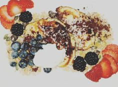 Post-workout Protein Pancakes without flour #cookingathome #lowcarb protein powder eggs withe lowfat quark berry vanilla flavor drops raw cacao powder #workout #activlife #morning #gym #train #lowcarbrecipes #fatburning #fitness #fitnessmeals #healthy #instahealth #healthychoices #active #strong #motivation #body #diet #getfit #fitnessnutrition #nutrition by ingreedsunrise