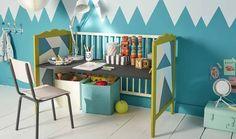 TUTORIEL - Pour la rentrée, transformer un lit de bébé en bureau ludique pour enfant. Une idée ingénieuse à refaire soi-même.