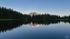 Mirror-like reflection of Mt Rainier on the water of Summit Lake [3991 x 2245] [OC] @pankpixels : EarthPorn