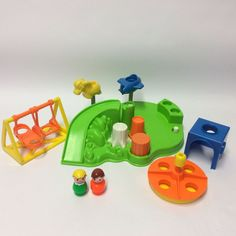 Vintage 1980s Fisher Price 2525 Little People - Playground Rides Complete + Figs | eBay