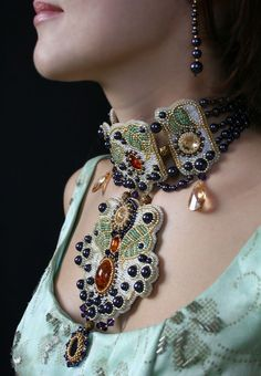 """View shown being worn of previously pinned dramatic necklace by Oksana Petriv. If I were younger, I'd definitely wear this but on someone older, it would look 'tacky'. The English expression is """"Mutton dressing as lamb"""". Bead Embroidery Jewelry, Soutache Jewelry, Beaded Embroidery, Beaded Jewelry, Beaded Necklaces, Jewellery, Shibori, Beaded Collar, Bead Weaving"""