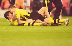Robert Lewandowski & Marco Reus.... getting a little sexual o_O