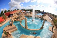 Stars camping Acapulco in the Vendée, France. Huge pool area with many attractions. Not far from the endless sandy beach. A dream for families with children. Location Mobil Home, Parcs, Water Slides, Mobile Home, Sandy Beaches, Campsite, See Photo, Swimming Pools, Traveling By Yourself