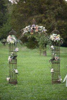 Altar Flowers and Ceremony Design by Cedarwood Weddings Wedding Altars, Wedding Bride, Dream Wedding, Arch Wedding, Wedding Wishes, Wedding Images, Wedding Designs, Wedding Styles, Altar Flowers