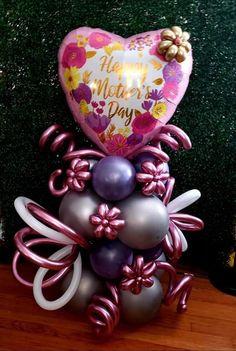 Balloon Gift, Balloon Ideas, Balloon Decorations Party, Valentine Decorations, Balloon Columns, Balloon Arch, Christmas Balloons, Christmas Ornaments, Stuffed Balloons