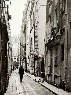 André Kertész: Paris, Autumn 1963 - Setanta Books Andre Kertesz, French Photographers, Paris, See Picture, This Or That Questions, Autumn, Books, Pictures, Photos