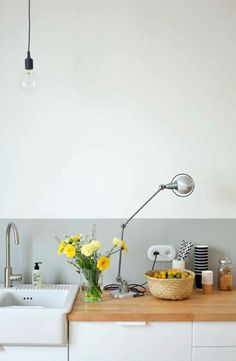 Kitchen decor info - Are you on the list of millions of your property through interior decorating? You aren't alone, and this article was designed exclusively for your circumstances. The advice is just what you need to get moving! Decor, Kitchen Interior, Kitchen Inspirations, Interior, Kitchen Remodel, Kitchen Decor, Home Decor, Kitchen Dining Room, Home Kitchens