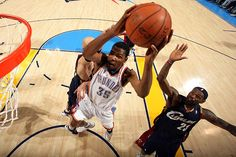 That's right KD!! Dunk on LeBron!!