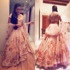 Shyamal and Bhumika Creation...#bigindianwedding #indianwedding @shyamalbhumika #lehenga #indianbride Red Lehenga, Indian Lehenga, Indian Gowns, Indian Attire, Bridal Lehenga, Pakistani Dresses, Anarkali, Indian Bridal Outfits, Indian Bridal Wear