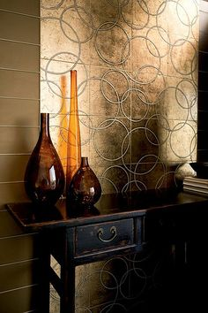 Glamor all the way!  Our Tracciato Circolo Tile in Gold Leaf
