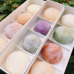 11 Japanese-Style Desserts You Should Know About food dessert mochi recipe 11 Japanese-Style Desserts That Will Make Anyone Happy Japanese Deserts, Japanese Pastries, Japanese Treats, Japanese Dishes, Japanese Food, Japanese Style, Japanese Drinks, Japanese Mochi Recipe, French Pastries
