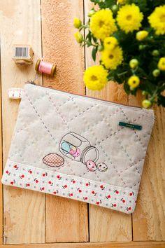 Minki's Work Table | Sewing Illustration