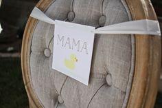 O lugar da mamãe no chá de bebê já está reservado! Pequenos detalhes que fazem a diferença...