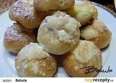 Šátečky, koláčky bez kynutí nemocniční recept - TopRecepty.cz Eastern European Recipes, Strudel, Doughnut, Hamburger, Bread, Desserts, Food, Basket, Breads