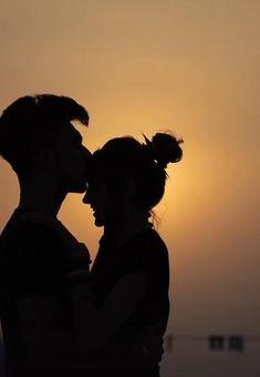 Love Couple Images Hd, Love Couple Photo, Cute Couple Videos, Couples Images, Cute Love Pictures, Beautiful Photos Of Nature, Love Photos, Love Feeling Photos, Painting Love Couple