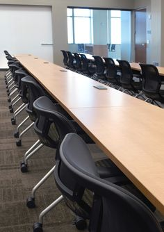 KI recently had a beautiful #education #furniture installation at Marquette University, a Jesuit university located in Milwaukee, Wisconsin. (Torsion Air Nesting and HurryUp Tables) www.ki.com