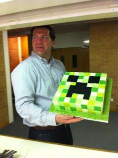 Creeper cake minecraft cake by kathleen.gawley