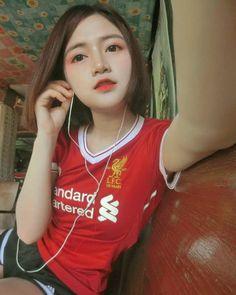 Liverpool Girls, Liverpool Fc, Kelly Brook Bikini, Best Fan, Beautiful Asian Girls, Beauty Girls, T Shirts For Women, Female, Sexy