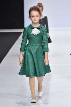 Dresses For Tweens, Dresses Kids Girl, Cute Girl Outfits, Kids Outfits, Flower Girl Dresses, Kids Western Wear, Crochet Baby Dress Pattern, Kids Dress Patterns, Kids Gown