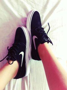 cc29f2b1b89 16 Best Shoes - Nike - Adidas - Yeezy - Jordans images | Shoes nike ...