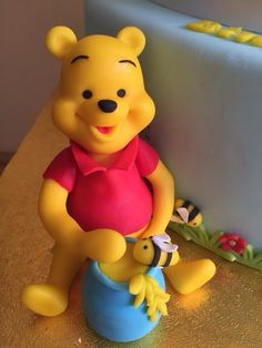 Winnie the Pooh - Cake by Gabriela Doroghy Winnie The Pooh Themes, Winnie The Pooh Cake, Winnie The Pooh Friends, Disney Winnie The Pooh, Pool Cake, Polymer Clay Halloween, Diy Kids Furniture, Happy Birthday Wishes Cards, Cake Topper Tutorial