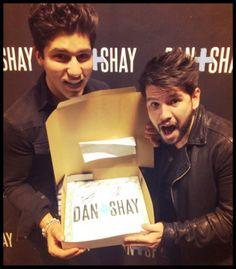 Dan+Shay Concert Cookie - Rockin' the Country.....by Snickety Snacks