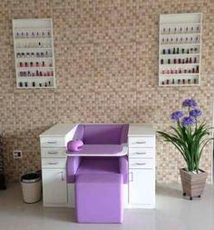 Nail Salon Design, Nail Salon Decor, Beauty Salon Decor, Salon Interior Design, Beauty Salon Interior, Home Hair Salons, Home Salon, Nail Salon Furniture, Nail Station