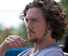 Aaron Taylor Johnson love those curls!