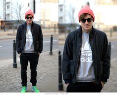 #warsawstreetfashion #warsaw #street #fashion #warszawa #stylish #polish #boy #guy #man #handsome #gangster #gang #sunglesses #cap #nike #adidas #white #black #moda #modny #mezczyzna #sexy #centrum #city #polska #poland