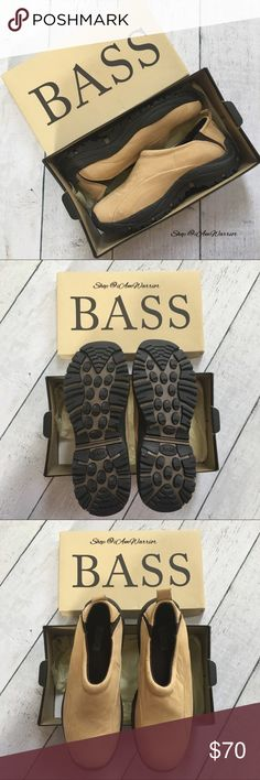 NIB Bass waterproof leather trail shoes 🆕Awesome (NIB) new in box Bass waterproof leather trail shoes. Bundle to maximum your 5 lb shipping fee🛍 Bass Shoes Athletic Shoes