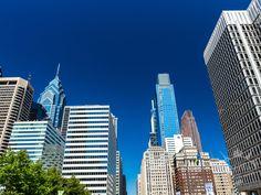 USA - Auf den Rocky Steps in Philadelphia Rocky Steps, Philadelphia, Den, Skyscraper, Multi Story Building, Skyscrapers, Philadelphia Flyers
