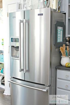 We recently purchased a new stainless steel refrigerator. About 5 minutes after having it delivered I realized that it had fingerprints and smudges all over it.…