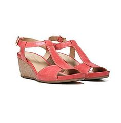 "Naturalizer® ""Camilla"" T-Strap Sandals"