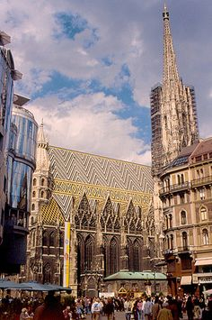 Wien / Vienna. St. Stephens Cathedral -- among so much other beautiful architecture!