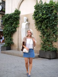 Simple summer outfit with denim skirt - ANDREA CLARE