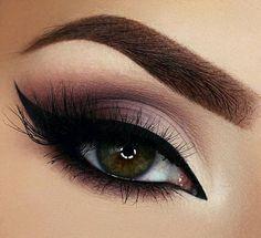 20 Heißesten Smokey Augen Make Up Ideen Las 20 mejores ideas de maquillaje Smokey Eye - Smokey Eye Make Up # Eye Makeup Tips, Eyeshadow Makeup, Beauty Makeup, Makeup Ideas, Makeup Tutorials, Makeup Brushes, Makeup Products, Makeup Style, Makeup Geek