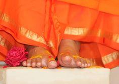 Sathya Sai Baba's  Feet  www.lordsai.com