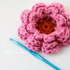 Free tutorial for pretty crochet flower