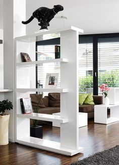 80 Incredible Room Dividers and Separators With Selves Ideas 22 Living Room Kitchen Divider, Living Room Partition, Room Partition Designs, Living Room Decor, Room Deviders, Room Divider Shelves, Living Room Designs, Interior Design, Design Room