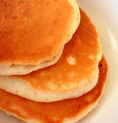 Low Carb Pancakes 8 oz Cream Cheese 3 eggs cup Soy or Wheat Protein Isolate (almond flour will also be ok) cup Butter Milk 3 teaspoons splenda teaspoon baking powder teaspoon vanilla extract Almond Flour Pancakes, Low Carb Pancakes, Low Carb Bread, Low Carb Breakfast, Cheese Pancakes, Breakfast Items, No Carb Recipes, Diabetic Recipes, Cooking Recipes